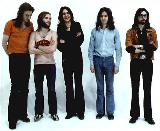 Genesis 1970 1975 La Caja Que Faltaba Con Pol 233 Mica El