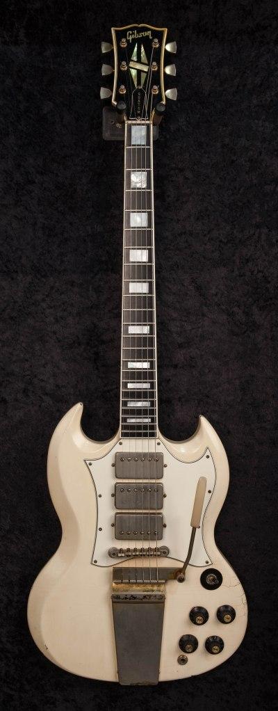 Jimi Hendrix_White Gibson Guitar_053123